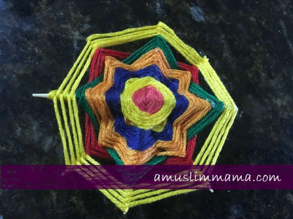 najmat al-Quds Ramadan Craft wall art using floss (6)