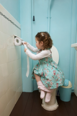 child-on-toilet-istock_000017495253_small.jpg